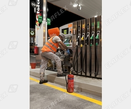 Maintenance at the petrol station